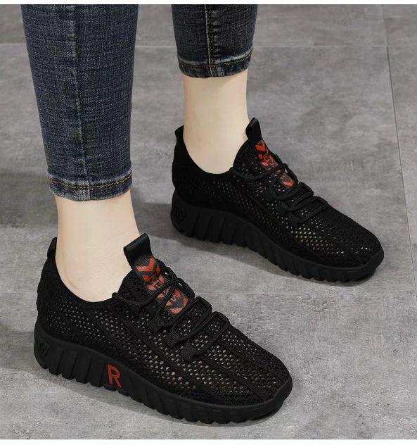 Giày sneaker thể thao nữ thời trang mới nhất buộc dây siêu nhẹ V242 giá rẻ