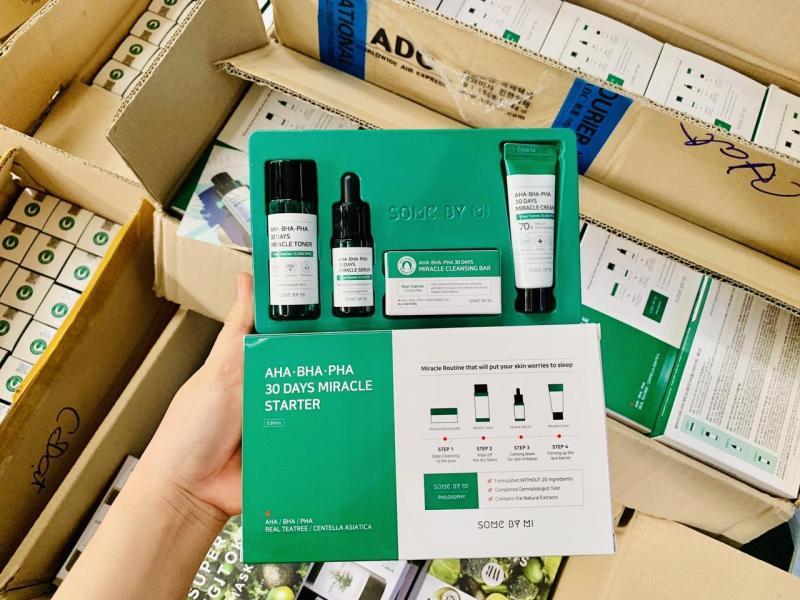 Set Mini 4 Món Trị Mụn Some By Mi AHA - BHA - PHA 30 Days Miracle Starter Kit [Trị sạch mụn trong 30 ngày]