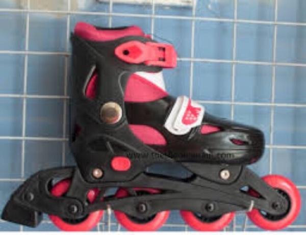 Giá bán Giày trượt patin 0705 (5 màu)