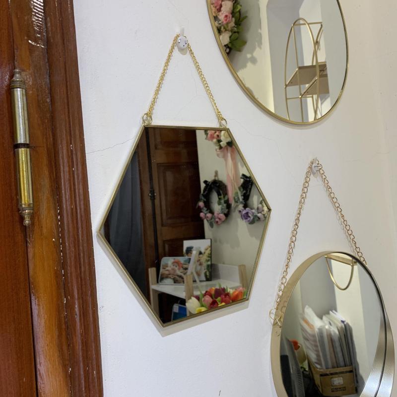 Gương treo tường trang trí khung kim loại