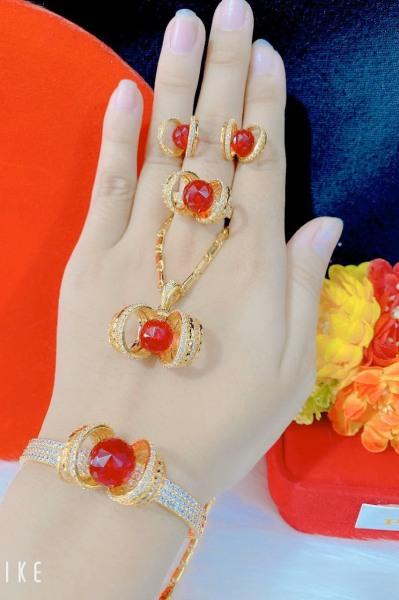 Bộ trang sức vàng 18k - Myka Shop B4180701 - bộ trang sức nữ mạ vàng hoa xoáy nhụy đá pha lê màu sắc rực rỡ đính đá sáng lấp lánh lung linh thiết kế sang trọng Trang sức 1 - dùng đi tiệc cực kì sang chảnh