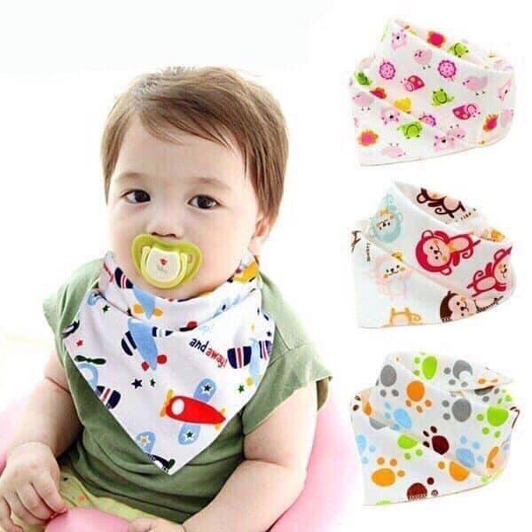 Set 5 yếm quàng cổ cho bé, yếm cotton có nút cài, khăn yếm tam giác thấm hút tốt cho bé từ 0 -4 tuổi