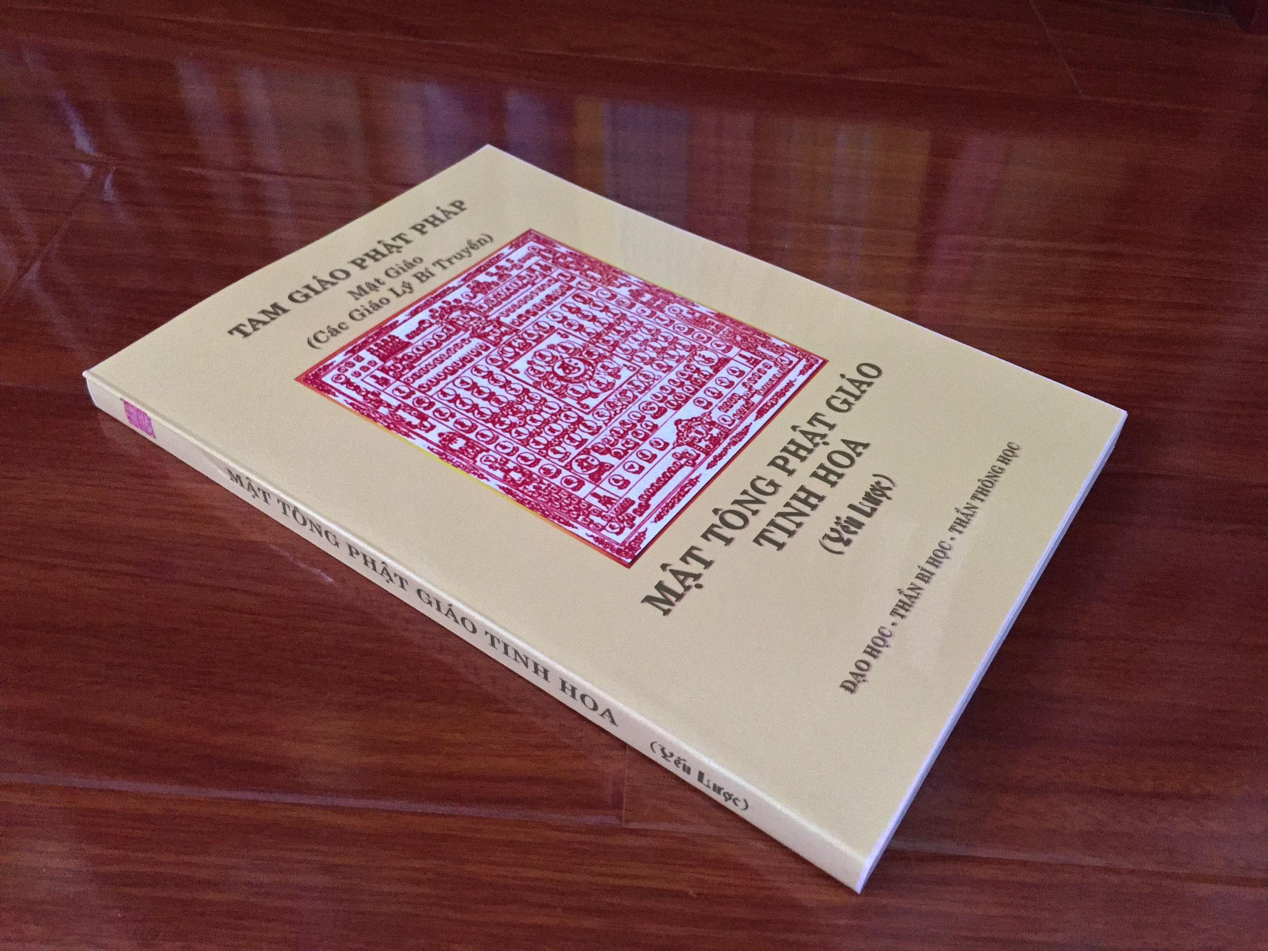 Mua Mật Tông Phật Giáo Tinh Hoa Yếu Lược – Cư Sĩ Triệu Phước