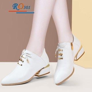 Giày bốt nữ cổ ngắn hàng hiệu Rosata RO301 thumbnail