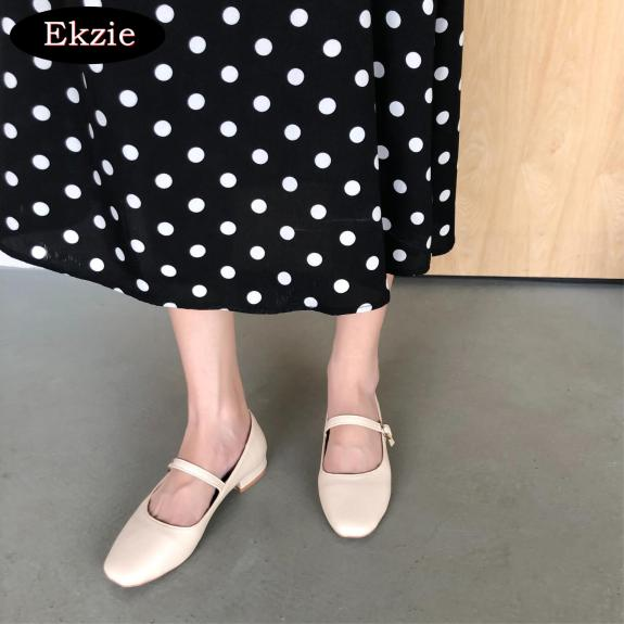 2021 mới phong cách Nhật Bản cô gái mềm mại dễ thương miệng cạn giày đơn nữ, giày búp bê mũi vuông phong cách Xia Sen, giày bệt một khóa từ Mary Jane giá rẻ