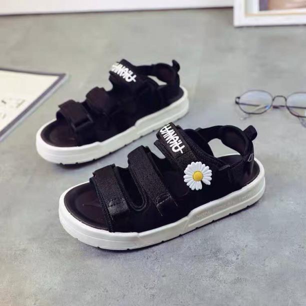 Sandal nữ/ Dép quai hậu thêu hoa cúc nữ độn đế 3cm đế cao su cực êm chân, thiết kế kiểu dáng thể thao, hàng hot 2020 giá rẻ