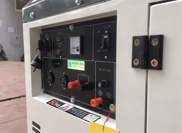 Máy Phát Điện Chạy Dầu 10kVA Hakuda DG11000SE 3 Pha