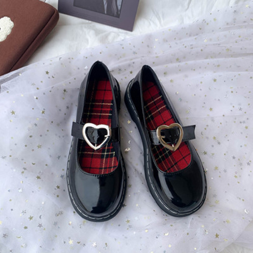 Giày Mary Janes quai trái tim lót đỏ giá rẻ