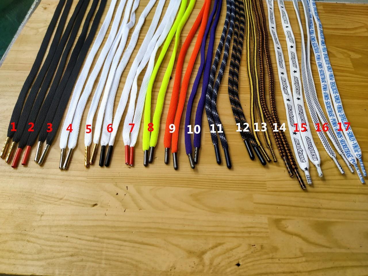 [TS] Cặp Dây giày in hoa văn - Đầu kim loại