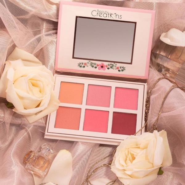Má hồng Beauty Floral Bloom 6 ô giá rẻ