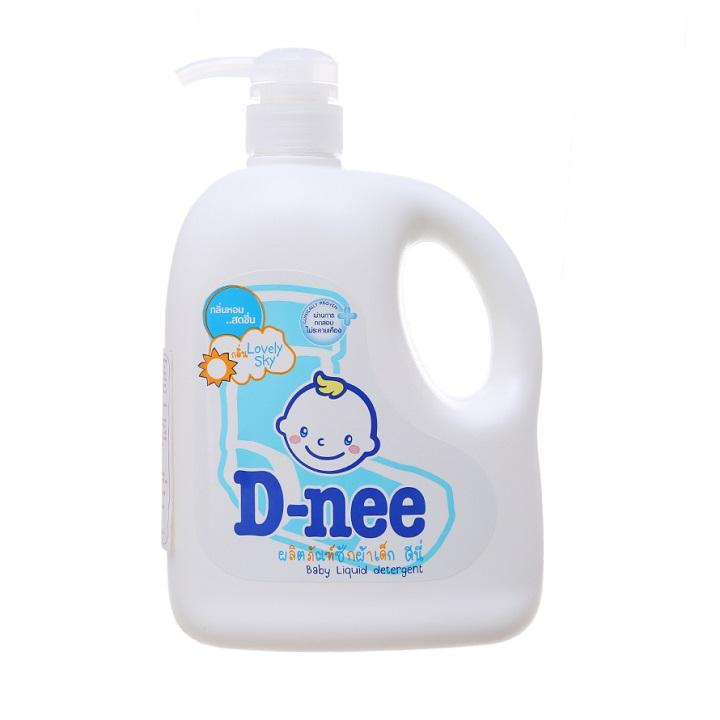 Dung dịch giặt xả quần áo D-nee Lovely Sky 960ml