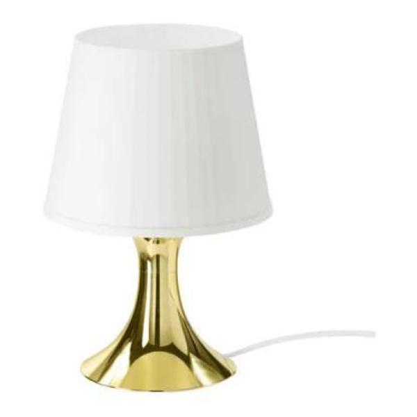 LAMPAN Đèn bàn, chao màu trắng, thân màu vàng đồng