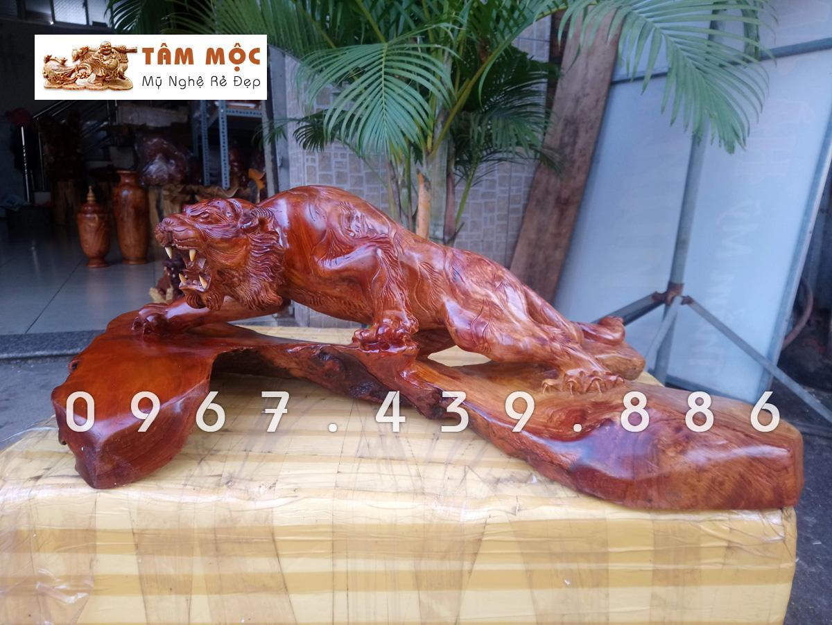 Mua Tượng gỗ hổ bằng gỗ hương – H30