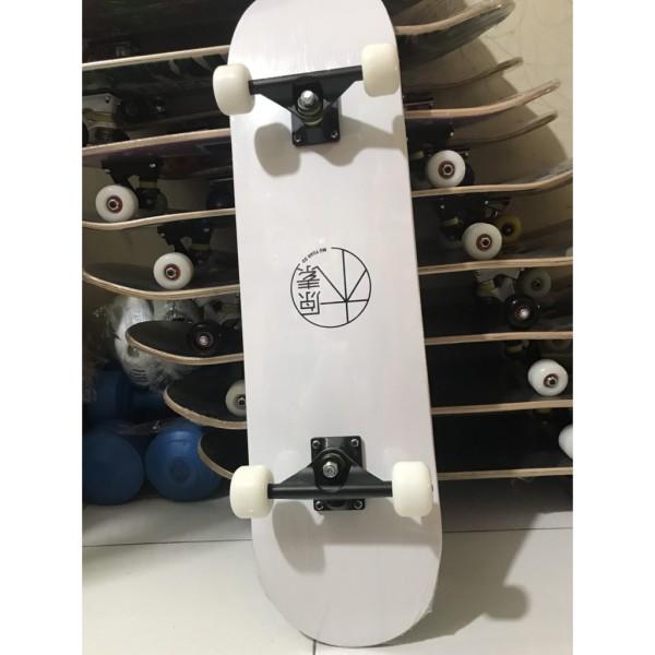 Giá bán [Hàng chính hãng] Ván Trượt Cao Cấp Skateboard Mặt Nhám Đen Bánh Đục