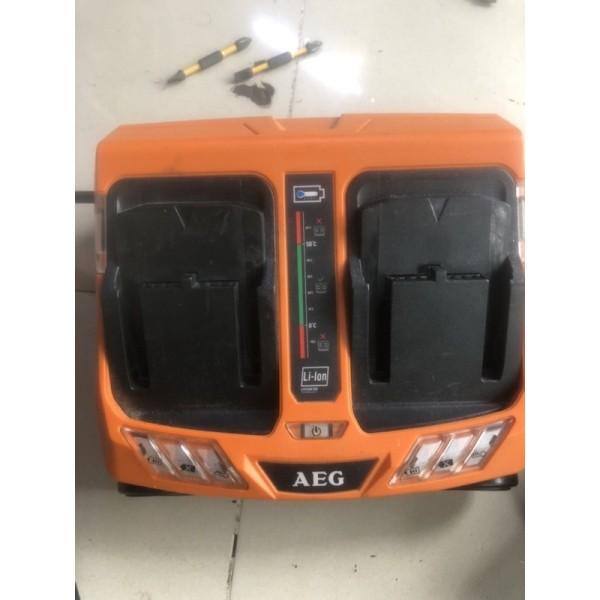 [Lấy mã giảm thêm 30%]xạc AEG 2 cổng 220v