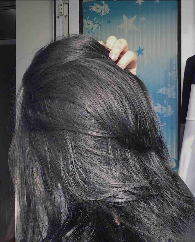 Thuốc nhuộm tóc màu đen than chì(tặng kèm trợ dưỡng, găng)