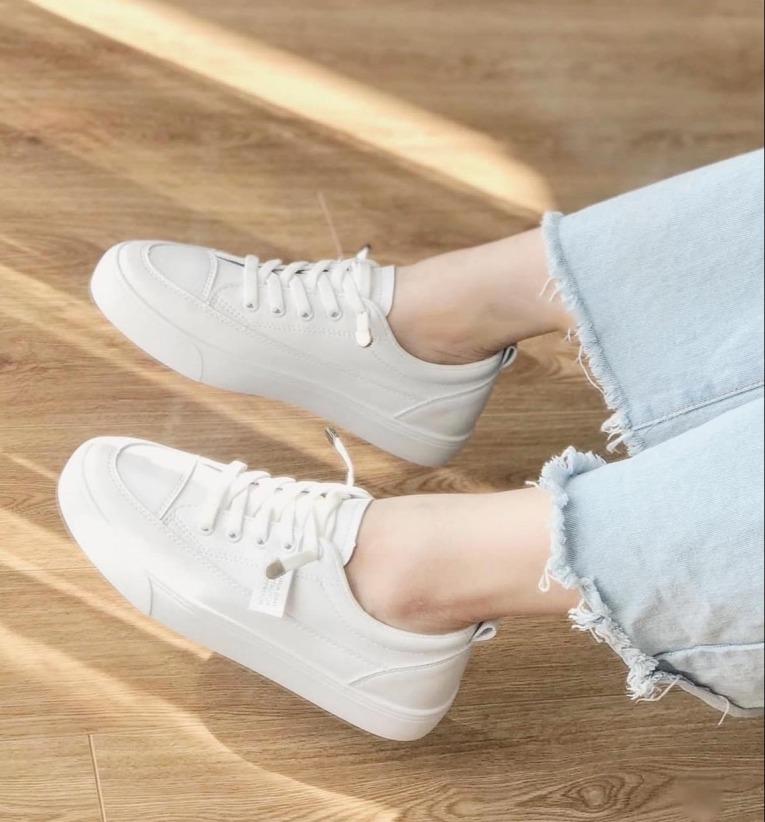 Giày thể thao nữ Đế dẻo Dây rút Trắng Cực đẹp Giày hot trend 2020 giá rẻ