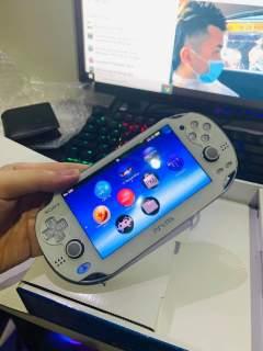 Máy chơi Game cầm tay PS Vita Hack tải Full Game thumbnail