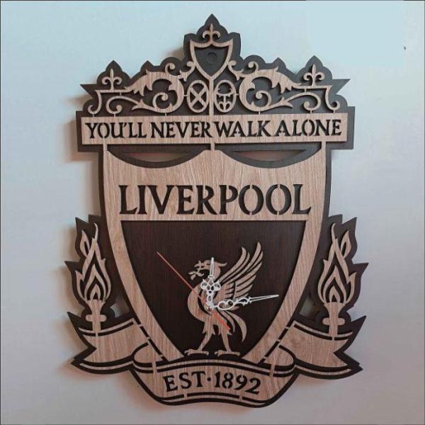 Đồng hồ treo tường Liverpool bán chạy