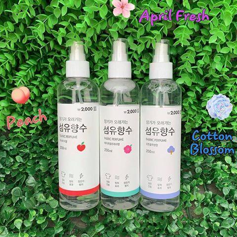 Xịt thơm quần áo Fabric Perfume chai 250ml