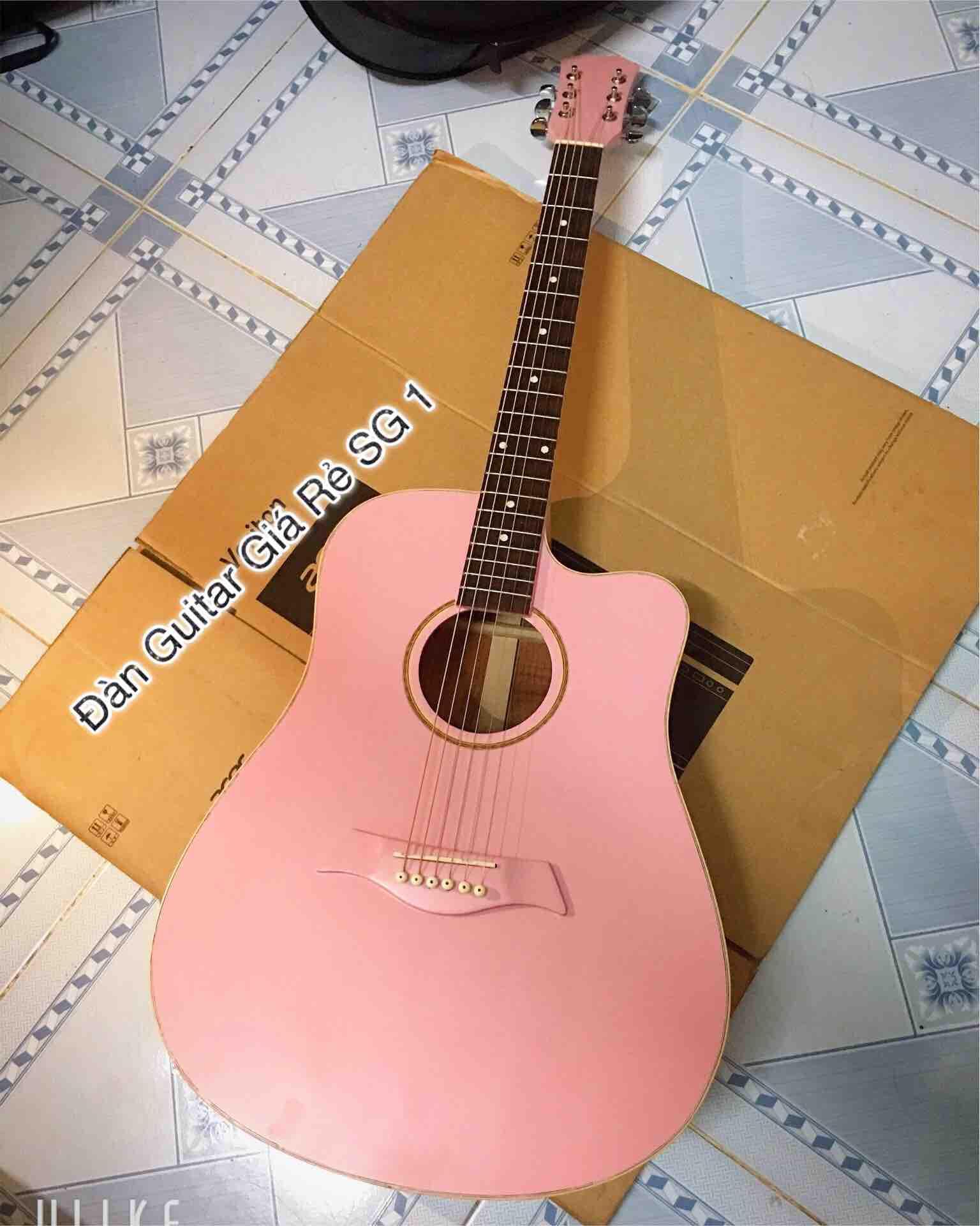 Đàn acoustic màu hồng gỗ hồng đào