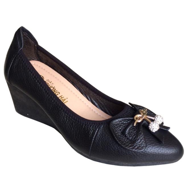 Giày đế xuồng 5cm hở eo Trường Hải da bò đen đế cao su không trơn TH131 giá rẻ