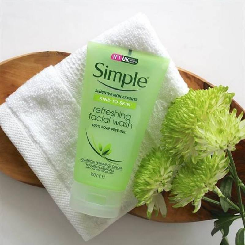 Sữa Rửa Mặt Dạng Gel Simple Refreshing  – LQ154 giá rẻ