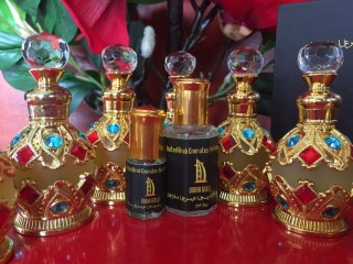 Tinh dầu nước hoa Dubai sỉ lẻ (chai 17ml,15ml và chai 5ml) tinh dầu dubai. Nước hoa nam-nữ chính hãng thumbnail