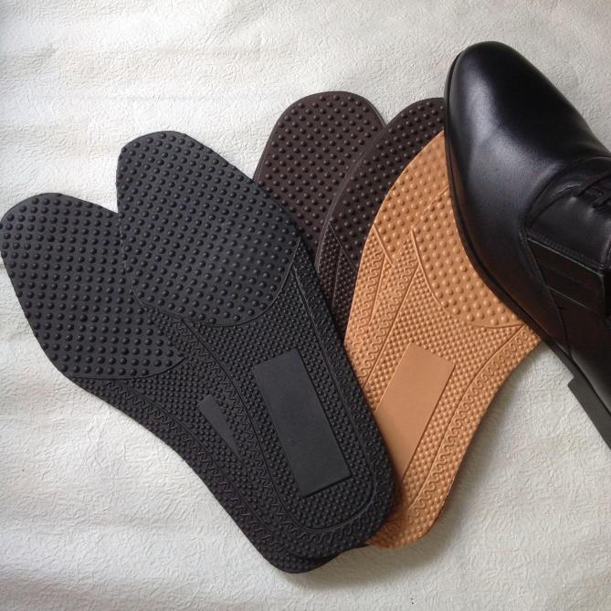 Bộ 4 lót giày mềm êm ái chống đau chân giá rẻ