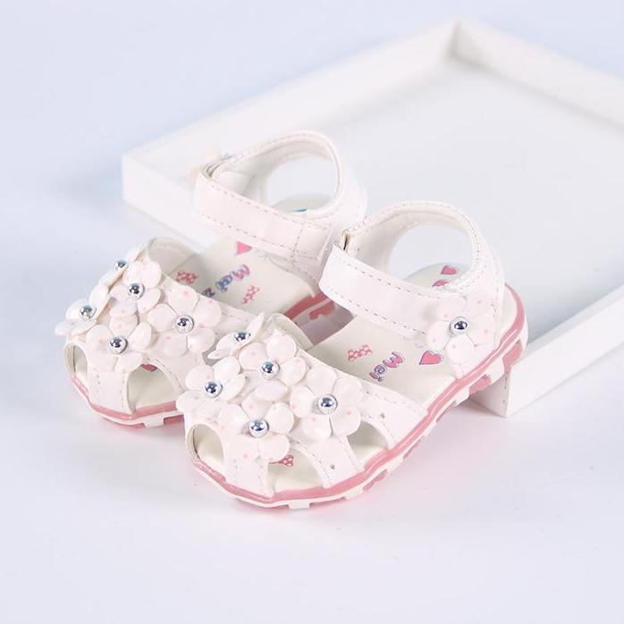 Giá bán sandal tập đi bé gái size 15-19 đèn led