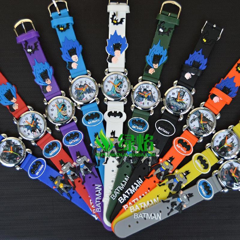 Nơi bán đồng hồ sinh viên silicon nhiều màu 3D batman 【Free Shipping】