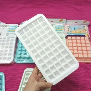 Khay làm đá 50 lỗ, khuôn thạch rau câu 50 viên khuôn kẹo dẻo nhựa Việt Nhật thumbnail