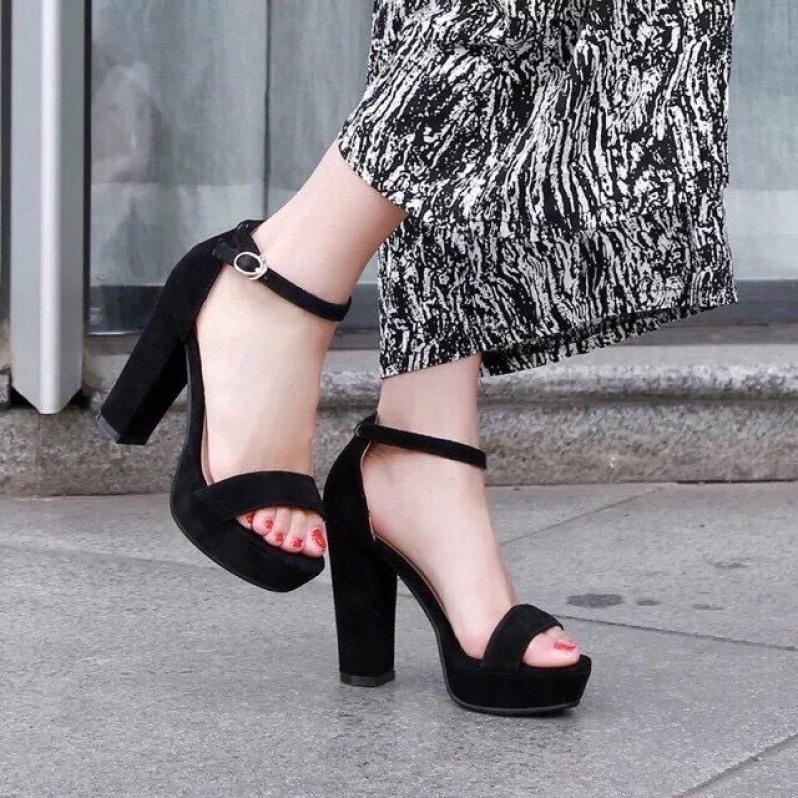 Giày cao gót đúp vuông 10p quai ngang bít gót chất liệu vải nhung LZ011 giá rẻ
