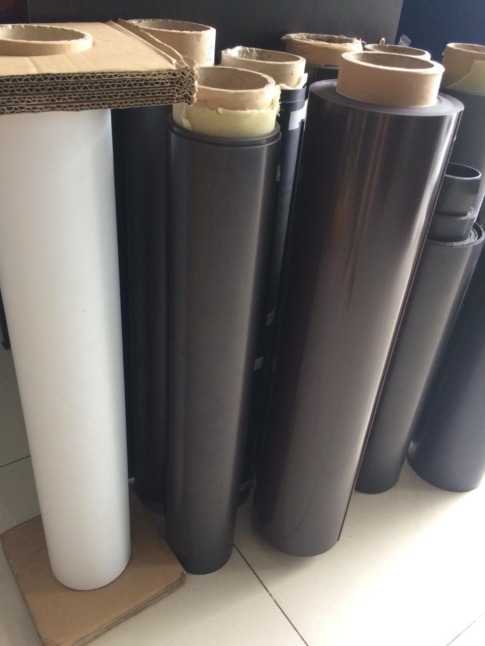 Mua Nam châm dẻo cuộn khổ 62cm - dày 0.75mm - Bán theo mét