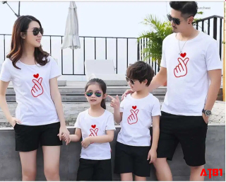 áo phông áo thun đồng phục gia đình in hình búng tim thumbnail