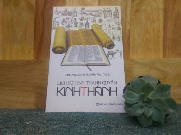 Mua Lịch Sử Hình Thành Quyển Kinh Thánh