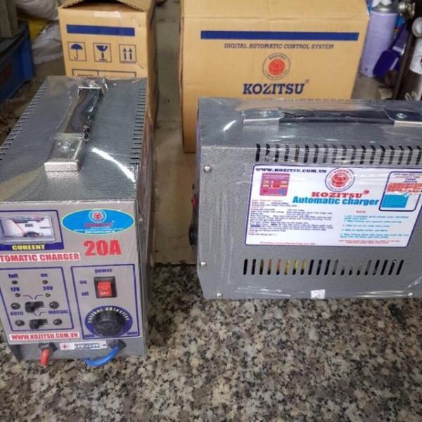 Bộ Sạc Ắc Quy Kozitsu Sạc 12V Và 24V 10A Automatic Changer