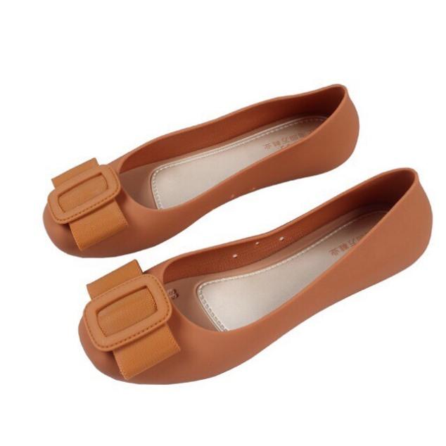 Siêu phẩm giày bệt nhựa chống nước thời trang màu sắc cưng xỉu giá rẻ