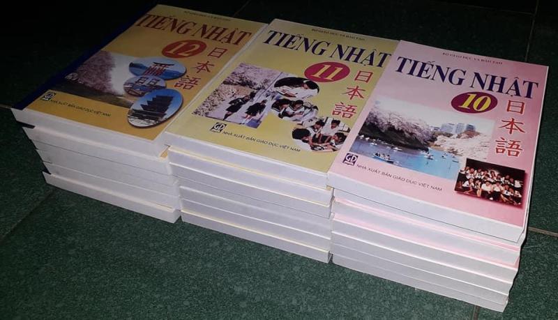 Mua Sách giáo khoa tiếng Nhật lớp 10, 11, 12 (bản mini A5, tặng 1 ebook PPCT)