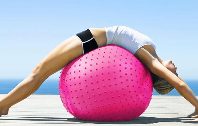 Bảng giá Bóng Tập Yoga Có Gai 75cm, Bóng Tập Yoga Đẹp Chất Lượng Hàng 2 Lớp, Chất liệu nhựa PVC (Polyvinyl chloride) có bộ bám, an toàn với môi trường. Trọng Tải Lên Đến 200KG