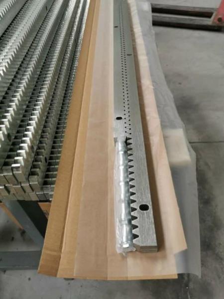 Bộ 10 thanh ray ( 10 mét) cửa cổng cửa lùa Sliding Gate 100Cm( ray thép) dày 10mm