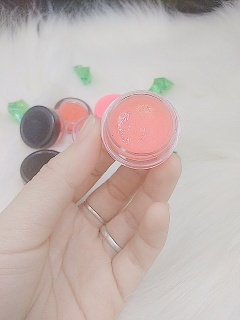 Son dưỡng môi lên màu nhẹ , giúp môi bóng khỏe và lên màu tự nhiên SM05...Mua 2 giảm 10% Fllow giảm 20k thumbnail