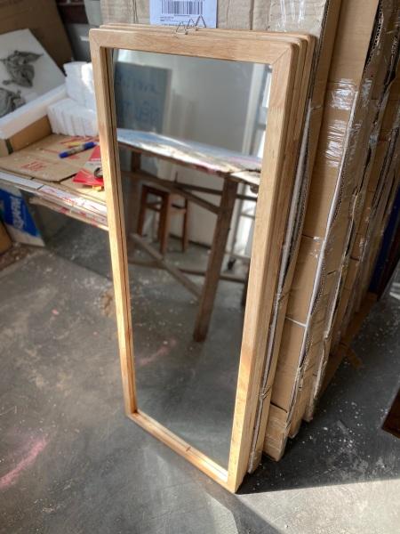 Gương soi khung gỗ cao cấp, kính nhập khẩu  kích thước 111cm-43cm