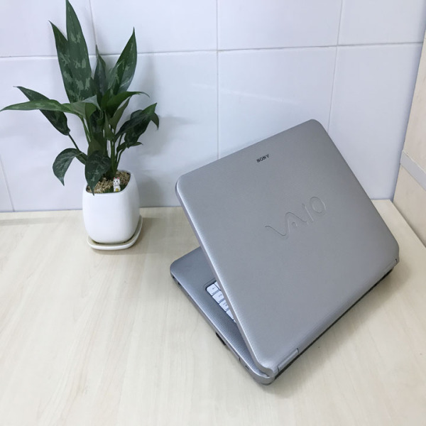 Bảng giá Laptop Sony NS140 - CPU P8700 - LCD 15.6 inch Phong Vũ