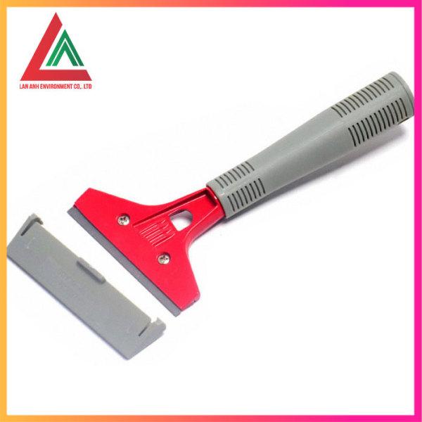 Dao cạo kính lưỡi thép mã c-017 chuyên dùng trong vệ sinh công nghiệp làm sạch vết cáu bẩn hiệu quả mà không lo ảnh hưởng đến kính lưỡi dao cạo bằng thép không gỉ độ bền cao