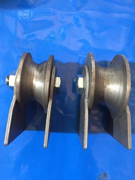 Bánh xe cửa cổng rãnh tròn chạy ống 34. bộ 2 bánh xe cổng dành cho ống 34