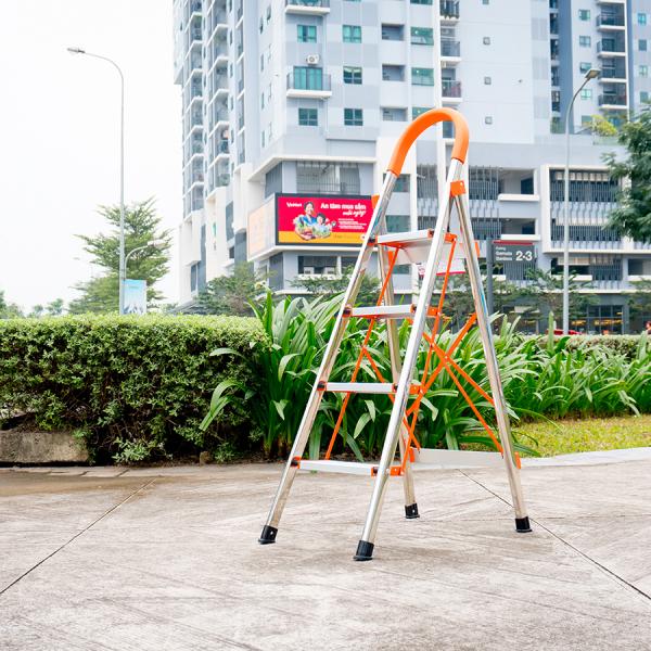 Thang nhôm ghế 4 bậc CAMAC CMK 004 cao cấp Chính hãng Bảo Inox 304 nhôm EN131 bảo hành 36 tháng đổi trả 30 ngày