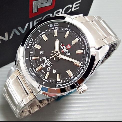 Đồng hồ nam dây thép không gỉ Naviforce 9038 (trắng-đen) bán chạy