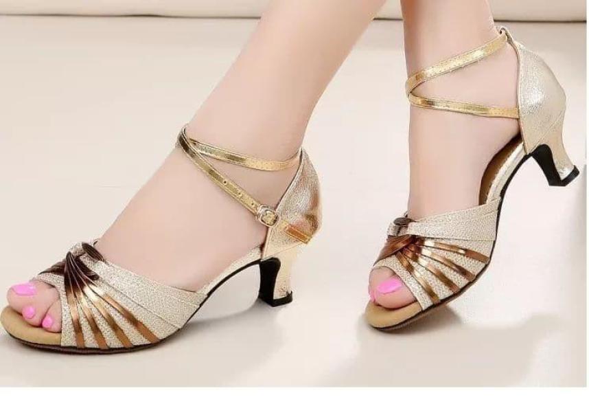 Giày khiêu vũ ánh kim cực xinh giá rẻ