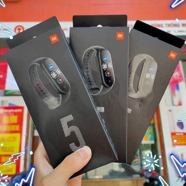 [Sẵn Hàng] Đồng hồ thông minh Xiaomi Mi Band 5 / Vòng tay theo dõi sức khoẻ Miband 5 - Theo dõi nhịp tim - Thông báo tình trạng sức khỏe - Nhiều chế độ tập luyện thể thao - Chống nước - Màu đen